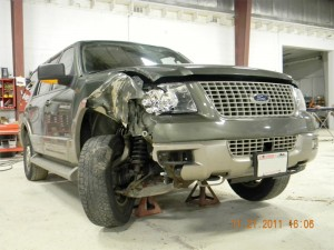 Ford Expedition Before Image Dells Baraboo Auto Body